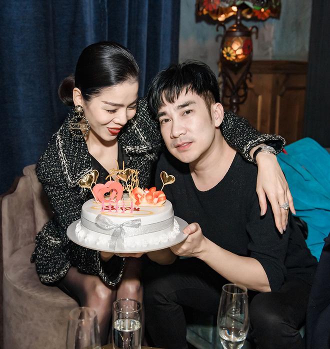 Lệ Quyên và tình trẻ Lâm Bảo Châu công khai kề cận tại sinh nhật Quang Hà, nhìn biểu cảm đủ biết hạnh phúc thế nào! - Ảnh 4
