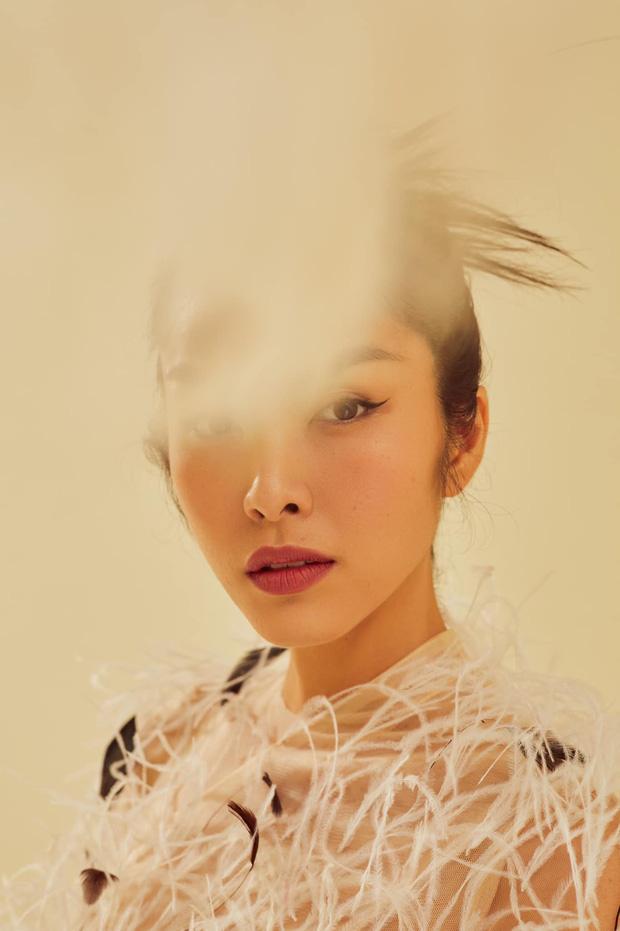 """Mãn nhãn bộ ảnh """"full HD"""" của Hà Tăng: Đúng là mẹ 2 con đẹp nhất nhì Vbiz, spotlight là màn lộ vòng 1 gợi cảm hiếm hoi - Ảnh 1"""