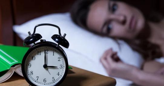 7 cách giúp bạn chìm sâu vào giấc ngủ nhanh nhất dù không buồn ngủ - Ảnh 3