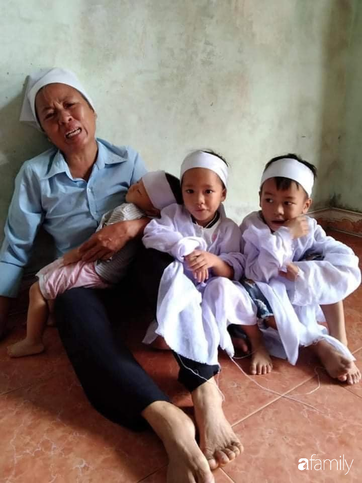 Vụ chồng ghen tuông hoang tưởng đâm chết vợ ở Nghệ An: Xót xa 3 đứa con thơ bơ vơ khát sữa, gào khóc đòi mẹ - Ảnh 3