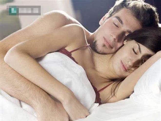 Nam giới ham muốn tình dục quá mạnh là tốt hay xấu: Cần làm gì khi bạn quá 'mạnh mẽ'? - Ảnh 1