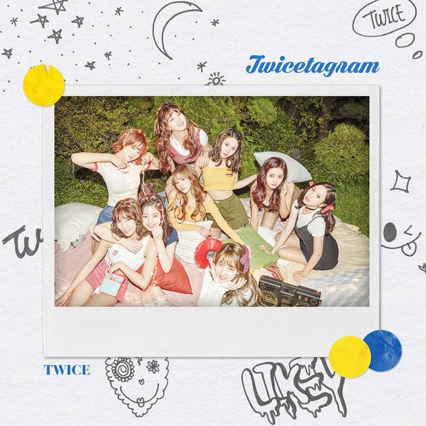"""15 album bán chạy nhất tuần đầu của idol nữ: """"Nữ hoàng bán đĩa"""" TWICE mất 2 vị trí đầu vào tay đàn em, BLACKPINK xuất sắc lọt top 5 - Ảnh 5"""
