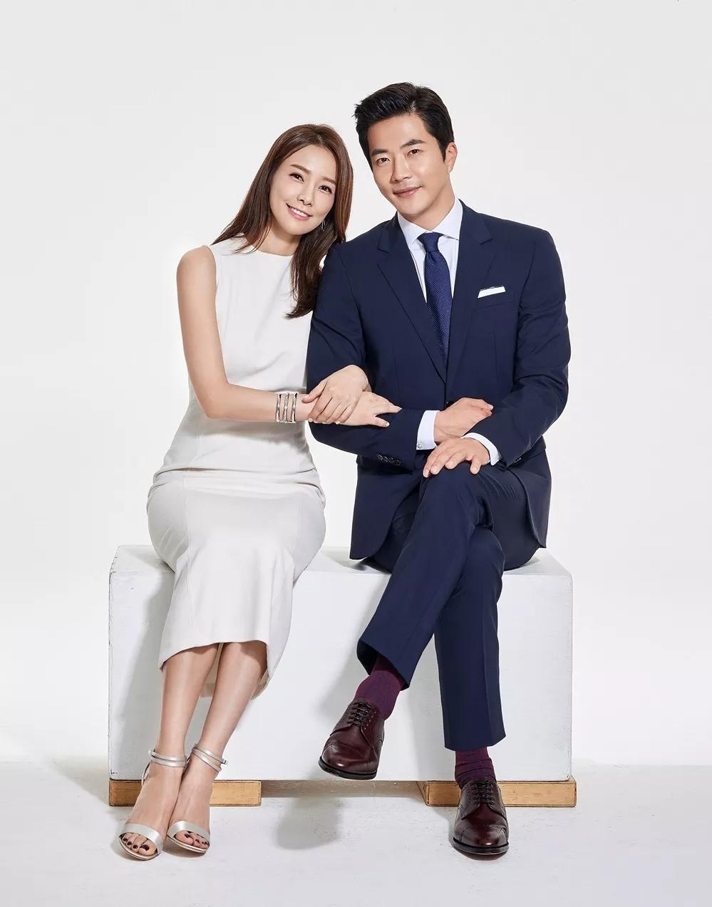 Chuyện tình Kwon Sang Woo và Á hậu 'dâu hụt' đế chế Samsung: Từ tin đồn 'đào mỏ', ngoại tình đến gia đình danh giá nhất Kbiz - Ảnh 1