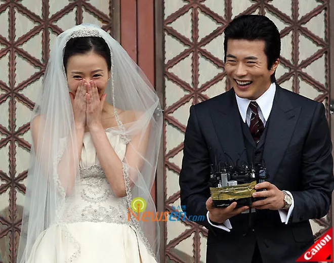 Chuyện tình Kwon Sang Woo và Á hậu 'dâu hụt' đế chế Samsung: Từ tin đồn 'đào mỏ', ngoại tình đến gia đình danh giá nhất Kbiz - Ảnh 11