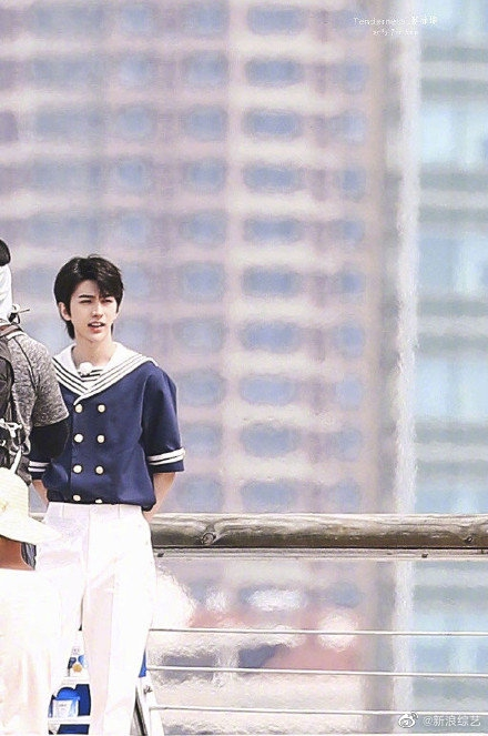 Running Man: Angelababy mặc đồ thủy thủ xinh xắn, Thái Từ Khôn khoe chân siêu dài lấn át các đàn anh - Ảnh 6