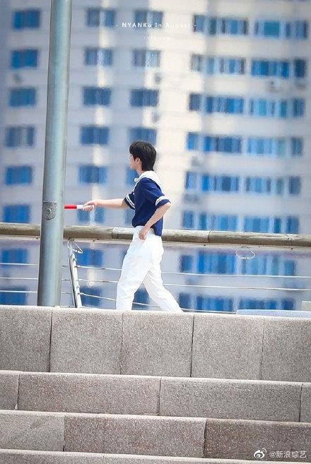 Running Man: Angelababy mặc đồ thủy thủ xinh xắn, Thái Từ Khôn khoe chân siêu dài lấn át các đàn anh - Ảnh 7