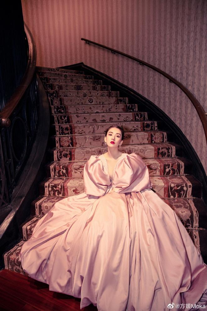 Vợ người mẫu nóng bỏng, kém 22 tuổi được 'Thiên vương Hong Kong' chiều như bà hoàng là ai? - Ảnh 7