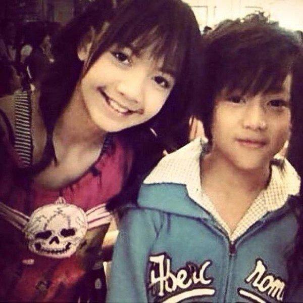 """Hội idol Kpop người Thái Lan ai cũng tài năng: Lisa và mỹ nam NCT là """"cỗ máy nhảy"""" hàng đầu, nam thần hoạt động 12 năm còn đa tài hiếm có - Ảnh 2"""