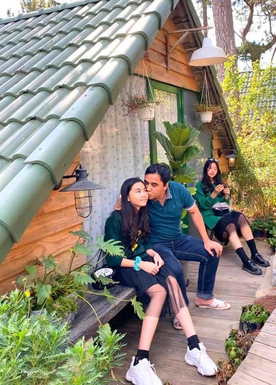 Hot mom Dạ Thảo - bà xã Quyền Linh đăng ảnh chúc mừng sinh nhật con gái út Hạt Dẻ, cô bé đã lớn xinh và tình cảm không khác chị Lọ Lem - Ảnh 7