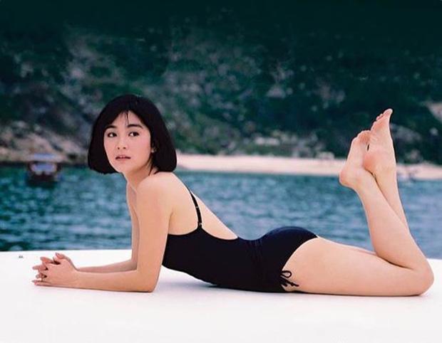 Nhan sắc tuổi U70 của 'đệ nhất mỹ nhân' khiến Châu Tinh Trì ngưỡng mộ, mê mẩn - Ảnh 10