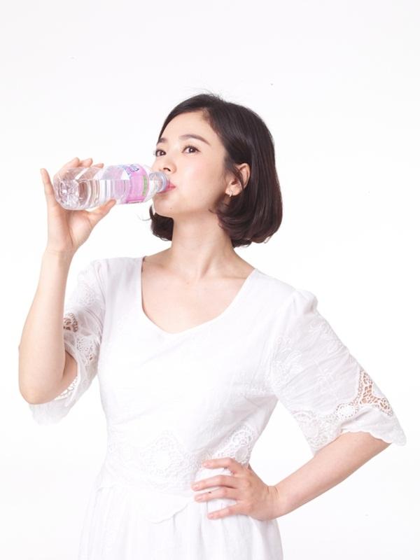 Bí kíp sở hữu mặt mộc vạn người mê như Song Hye Kyo - Ảnh 3