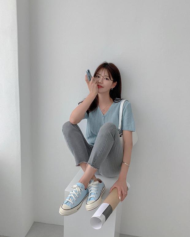 Diện quần skinny jeans, chị em cứ mix với 4 mẫu giày dép sau là sành điệu và siêu tôn dáng - Ảnh 3