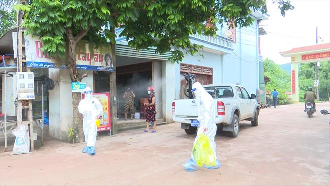 Bệnh nhân mắc Covid-19 ở Bắc Giang đến nhiều nơi đông người, di chuyển sang Quảng Ninh - Ảnh 1