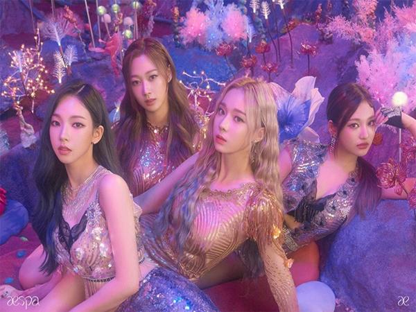 Hết bị nói giống BLACKPINK, aespa lại bị nghi oan đạo nhái tên fandom BTS khiến netizen hiểu lầm?