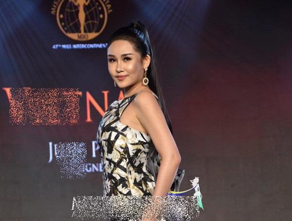 Khoe vòng ba 97 cm, Ngân Anh vẫn trắng tay trước chung kết Miss Intercontinental