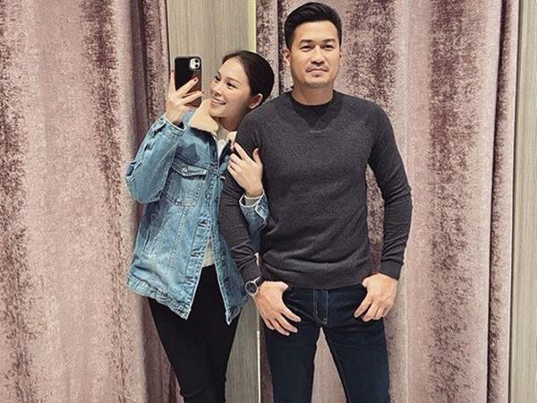 """Linh Rin cho """"bốc hơi"""" toàn bộ hình ảnh trên instagram bao gồm cả Phillip Nguyễn, chuyện gì đây?"""