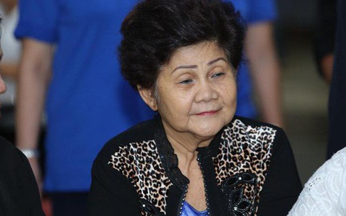Mẹ cố nghệ sĩ Anh Vũ đã khoẻ lại và xuất hiện trong lễ tang con trai