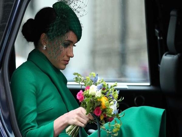 Meghan Markle rơi nước mắt tuyên bố đã từ bỏ mọi thứ vì hoàng gia Anh nhưng kết quả nhận được thật đắng cay