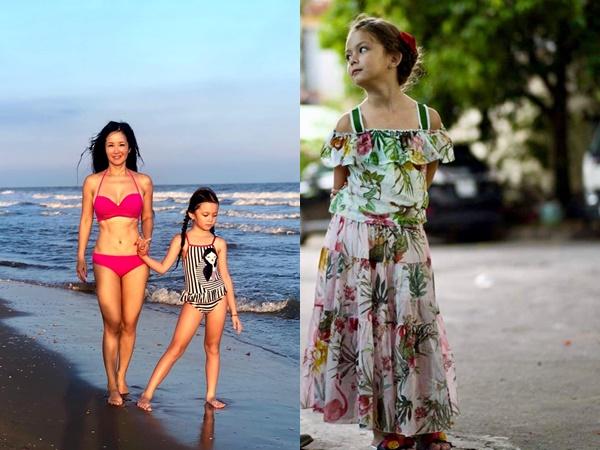 Mới 7 tuổi, con gái Hồng Nhung diện đồ bơi tạo dáng chuẩn diva, tự tin đọ sắc cùng mẹ trước biển