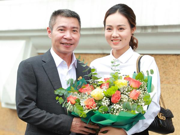 NSND Công Lý chính thức lên Phó giám đốc, người yêu Ngọc Hà xuất hiện rạng rỡ