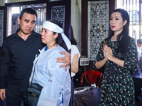 Quyền Linh, Trịnh Kim Chi bật khóc khi đến viếng diễn viên Mạnh Tràng qua đời ở tuổi 53