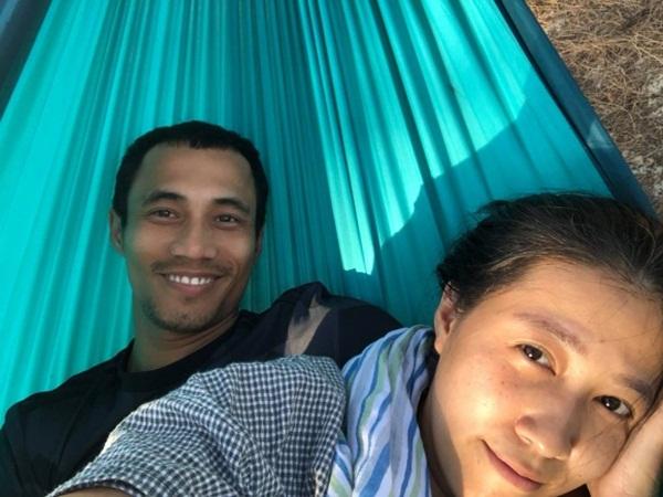 Sau thời gian ở ẩn vì bão, vợ Phạm Anh Khoa tiết lộ niềm vui mới của chồng