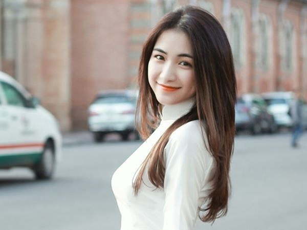 Showbiz liên tục có đám cưới, gia đình 'hoa dâm bụt' khuyên Hoà Minzy tức tốc lấy chồng, đẻ con