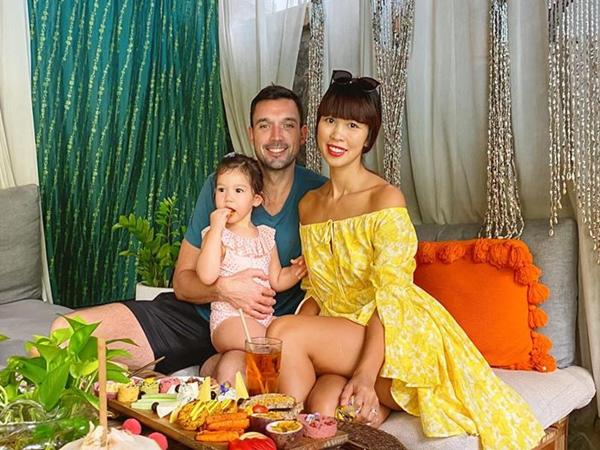"""Siêu mẫu Hà Anh: Cha mẹ sinh con, cha mẹ sinh tính, đừng ỷ lại """"ông trời"""""""