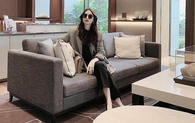 Sự thật sau bức ảnh tự sướng sang chảnh của Hoa hậu Đặng Thu Thảo