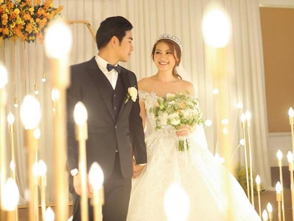 Thanh Bình - Ngọc Lan bất ngờ tung ảnh cưới, nghi âm thầm tổ chức hôn lễ sau 2 năm chung sống