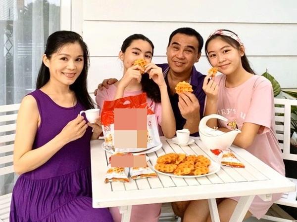 Vợ đẹp con ngoan và sự nghiệp rực rỡ, MC Quyền Linh bất ngờ nói điều này về nghệ sĩ