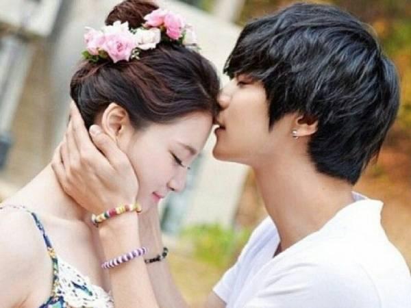 Trong tình yêu, phụ nữ sợ nhất khi đàn ông hết tình cảm nhưng miệng vẫn nói lời yêu - Ảnh 1