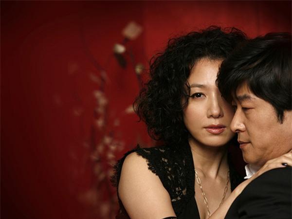 Gửi đàn ông ngoại tình: Đừng vì một người đàn bà ngoài đường mà đạp đổ hạnh phúc gia đình - Ảnh 3