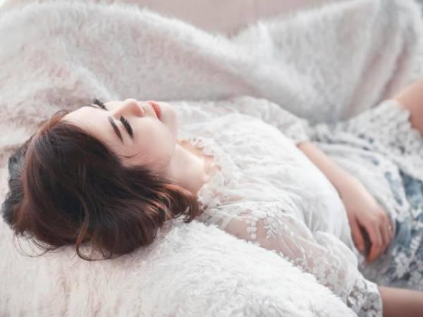 Phụ nữ khổ bởi cố chấp yêu và ở bên một người đàn ông không dành trái tim cho mình