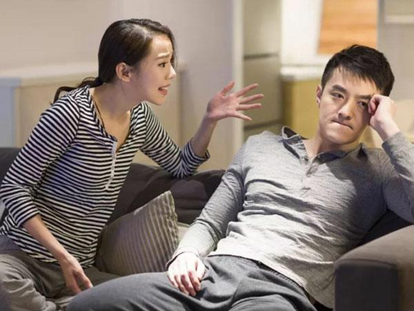 Vì cưới phải một người chồng vô dụng nên đàn bà phải sống như một người đàn ông - Ảnh 2