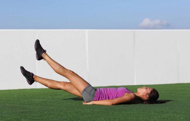 Bài tập 10 phút mỗi ngày giảm mỡ bụng cho eo phẳng lì không cần đến phòng gym - Ảnh 1