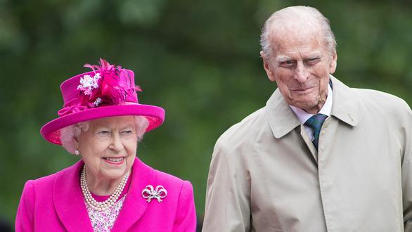 Chồng Nữ hoàng Anh qua đời ở tuổi 99