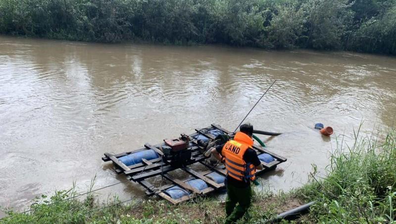 Thương tâm thai phụ trẻ ở Quảng Bình bỏ mạng giữa dòng lũ dữ, thi thể được tìm thấy ở cánh đồng ngập nước - Ảnh 2