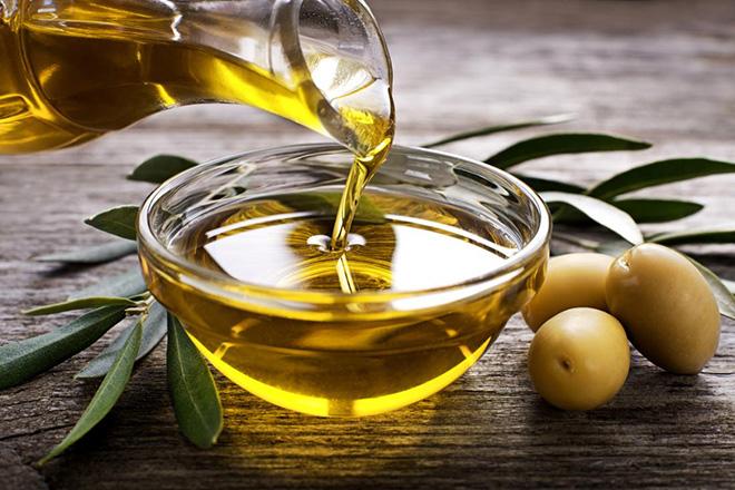 2 mối nguy hiểm khi dùng dầu thực vật sai cách, biến món ăn trở nên độc hại và là 'thủ phạm' gây bệnh ung thư - Ảnh 2