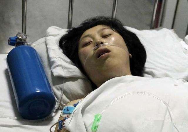 Cô gái 23 tuổi qua đời giữa đêm vì bị nhồi máu não, bác sĩ cảnh báo 1 việc đàn ông dù thích mấy cũng đừng làm với bạn gái - Ảnh 1