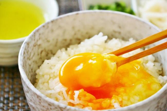 Trứng rất tốt nhưng ăn theo 6 kiểu này khiến trứng vừa mất dinh dưỡng vừa gây hại cho sức khỏe - Ảnh 1