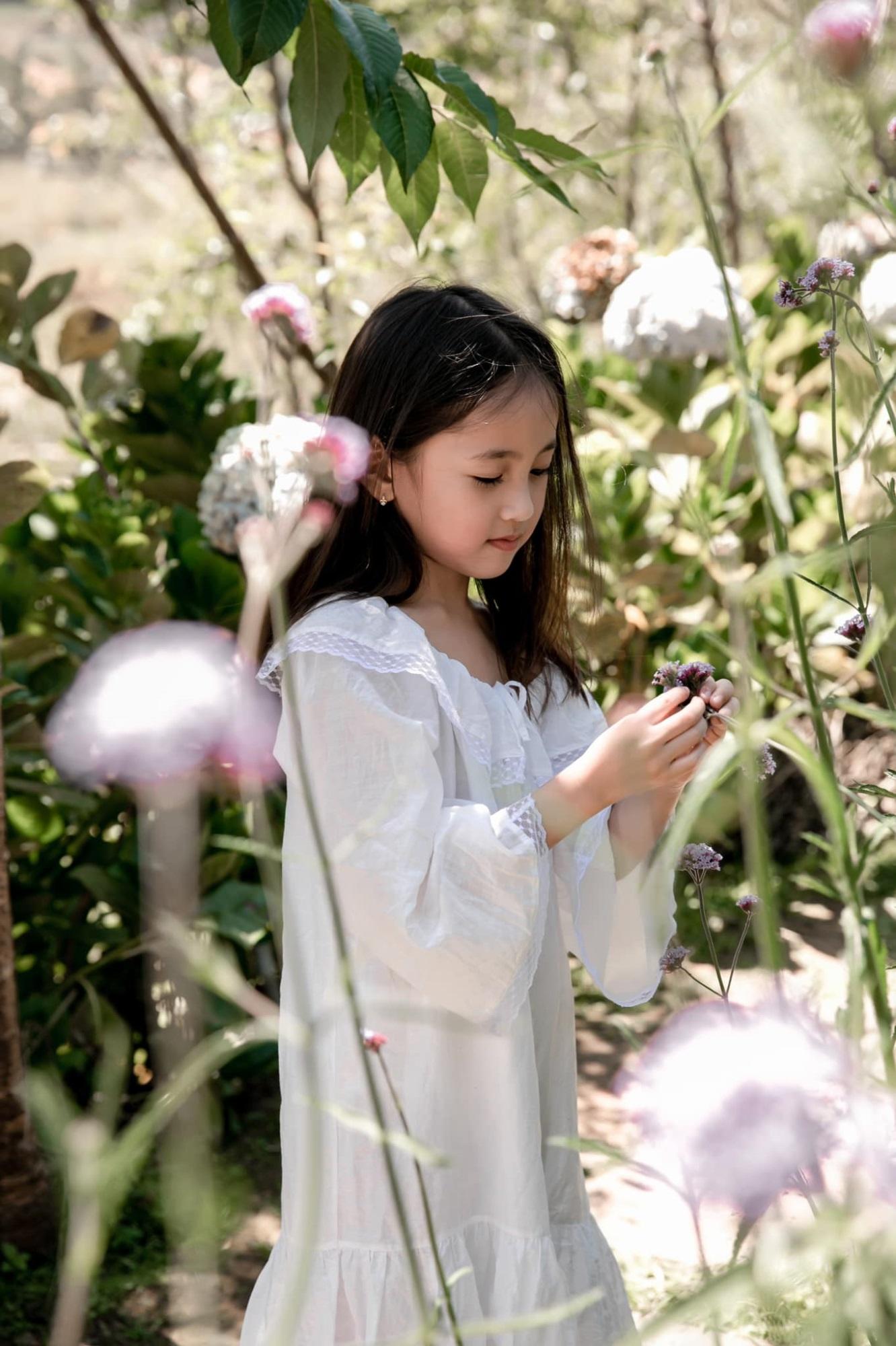 Hoa hau Ha Kieu Anh