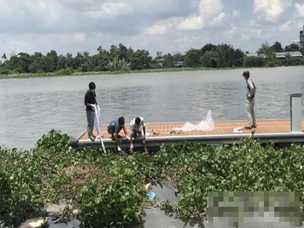 Đang ngồi câu cá bên sông Sài Gòn, người dân tá hỏa vì phát hiện thi thể trôi dạt vào bờ
