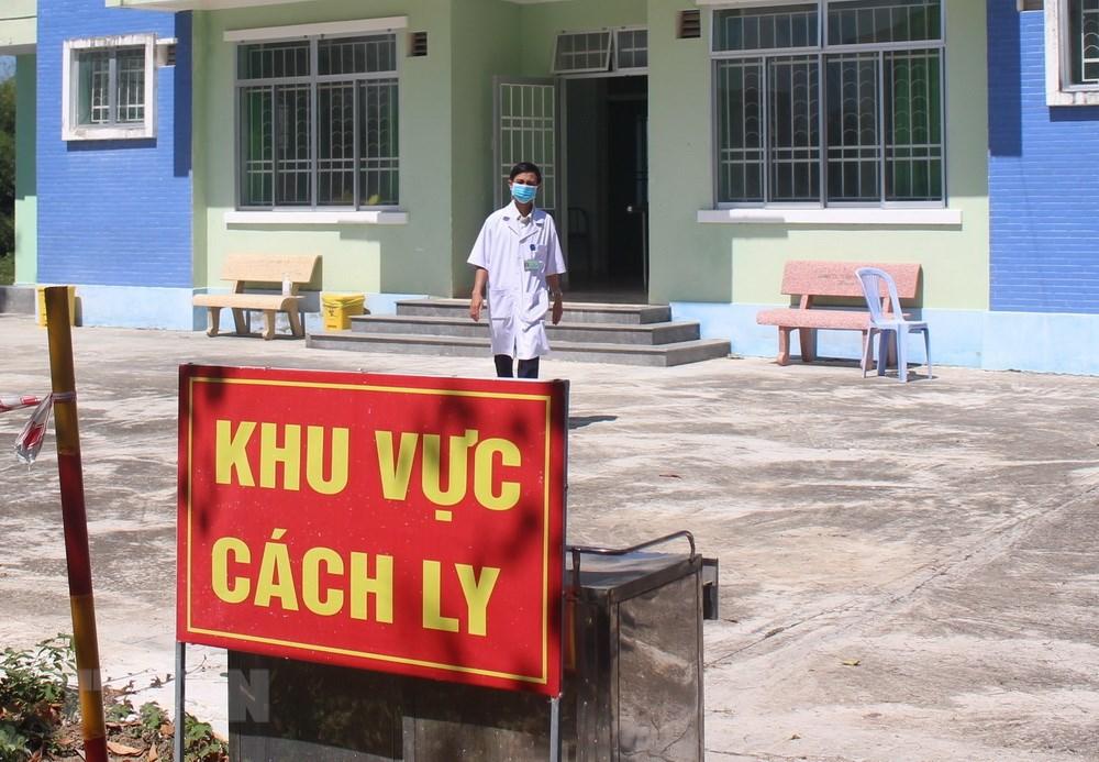 Tây Ninh: Cha dẫn con trai 2 tuổi bỏ trốn khỏi khu cách ly tập trung