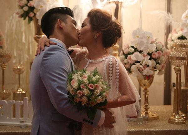 Đám cưới hoành tráng của Bảo Duy (chồng cũ Phi Thanh Vân) với vợ già