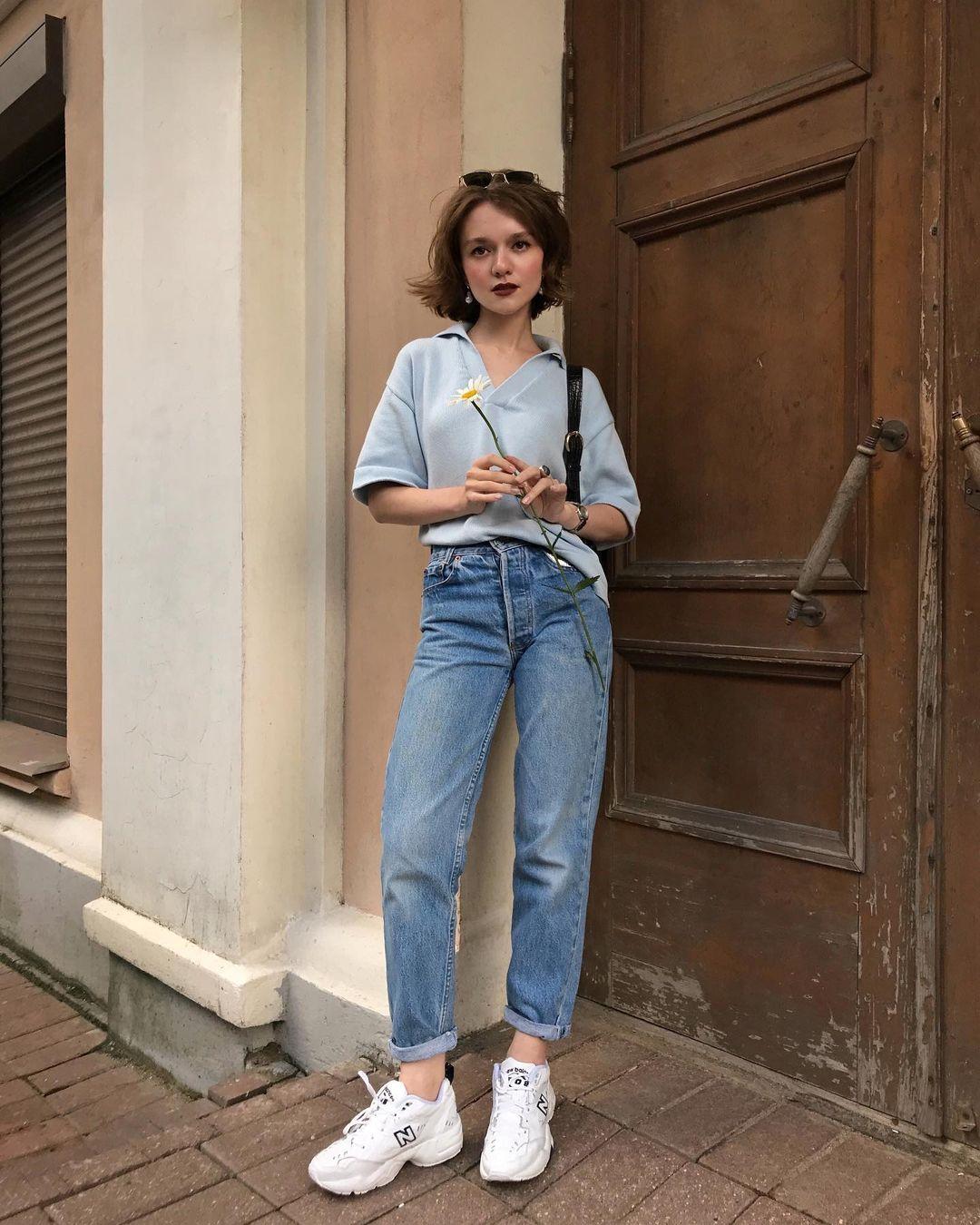4 tips mặc đẹp tôn dáng từ cô nàng người Nga cao 1m50: Chỉ cần vài món chủ chốt là đủ cân hết các style - Ảnh 5