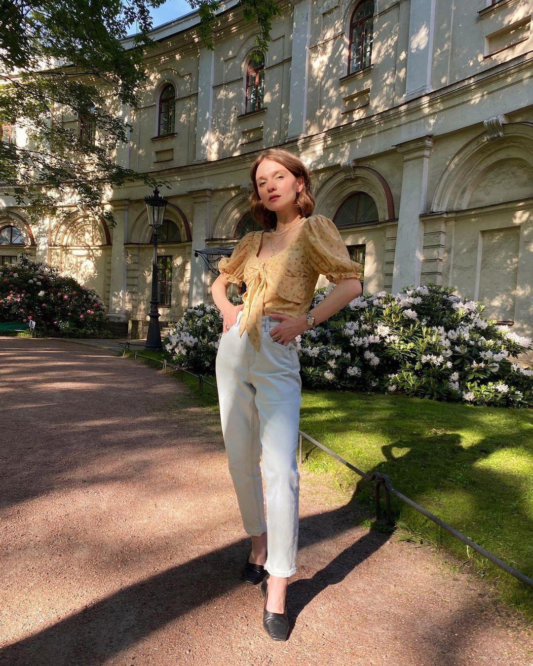 4 tips mặc đẹp tôn dáng từ cô nàng người Nga cao 1m50: Chỉ cần vài món chủ chốt là đủ cân hết các style - Ảnh 6