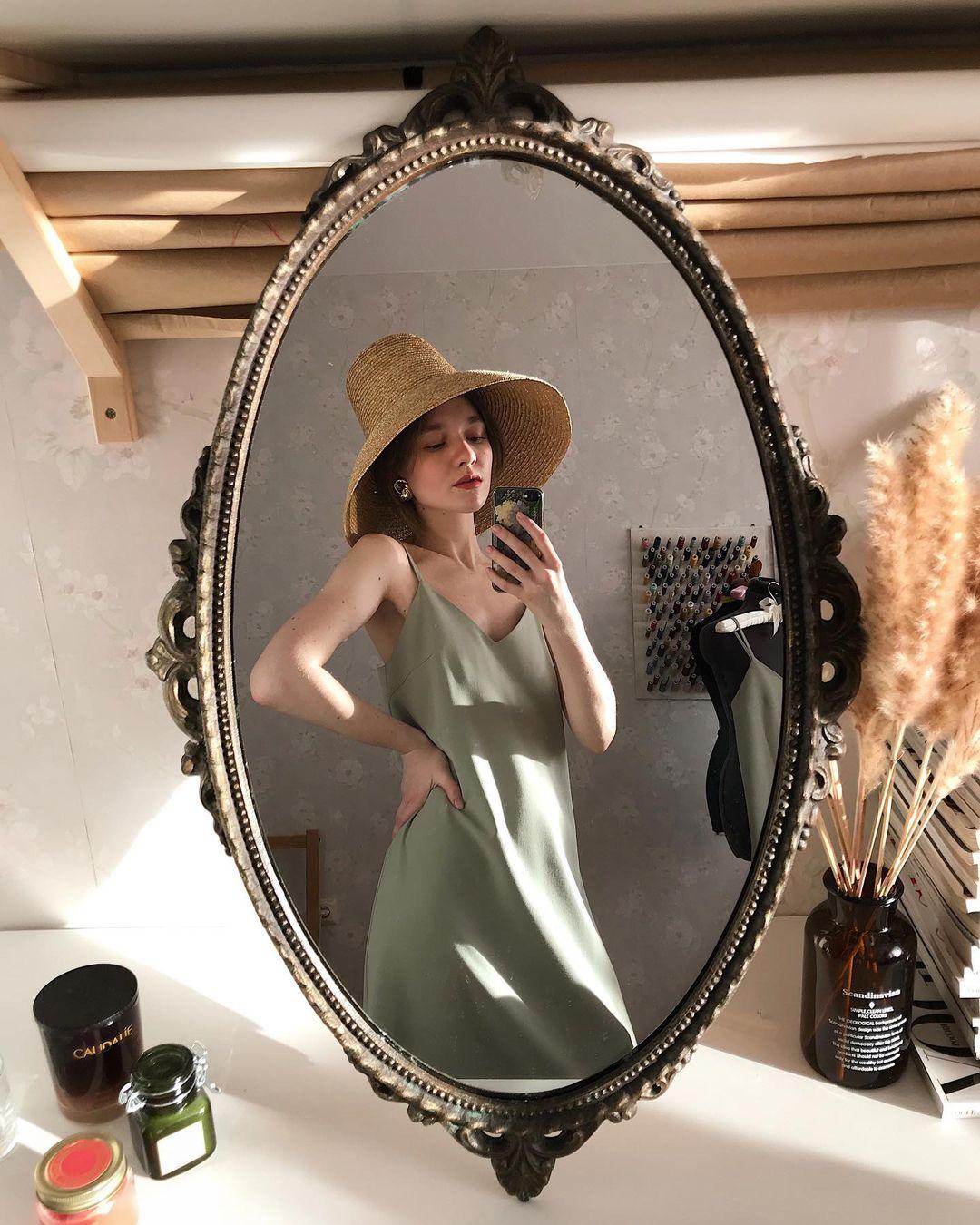4 tips mặc đẹp tôn dáng từ cô nàng người Nga cao 1m50: Chỉ cần vài món chủ chốt là đủ cân hết các style - Ảnh 15