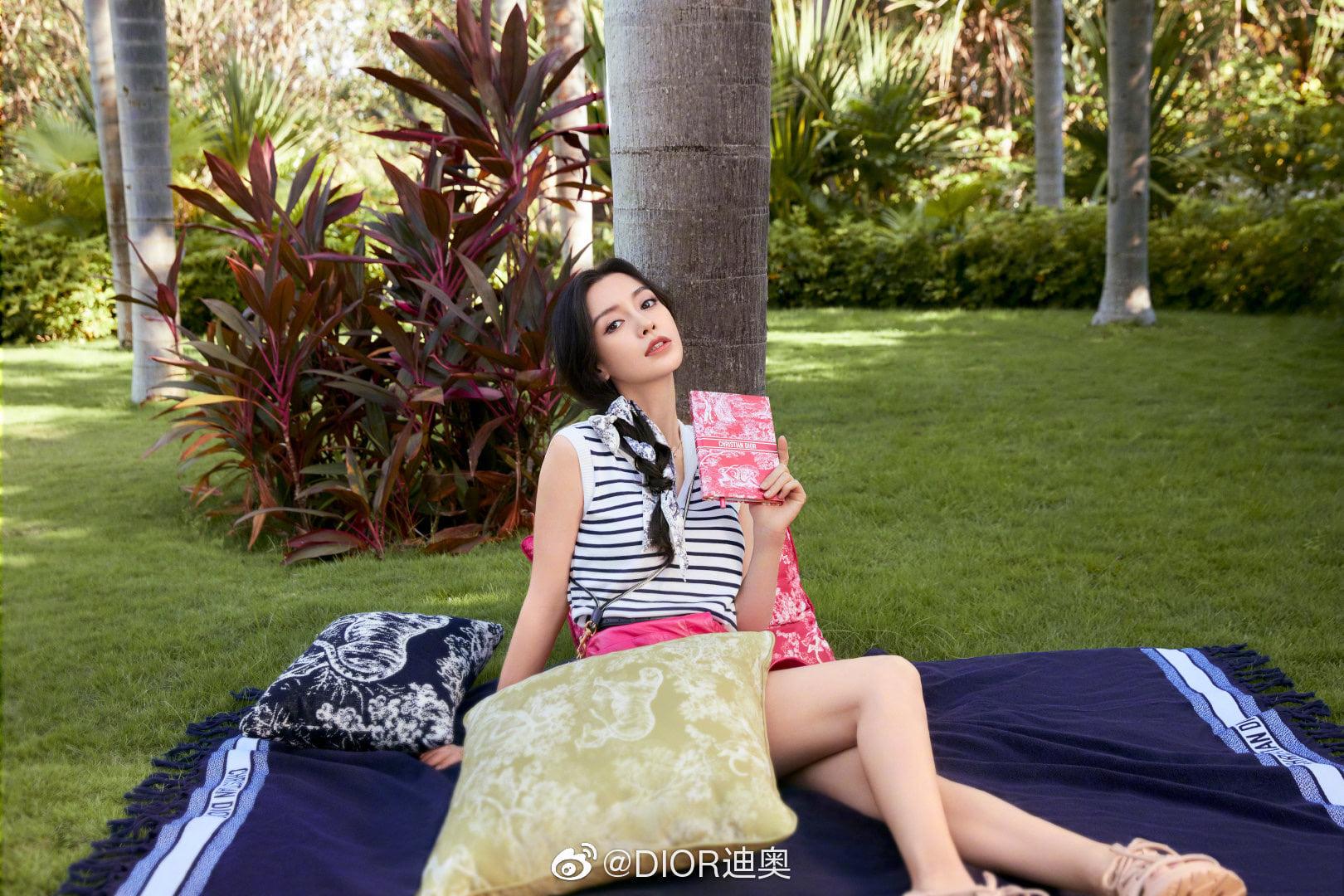 Kiểu tóc 'cưa sừng' được loạt mỹ nhân châu Á lăng xê: Song Hye Kyo và Angela Baby đều có cú nhảy vọt nhan sắc - Ảnh 11