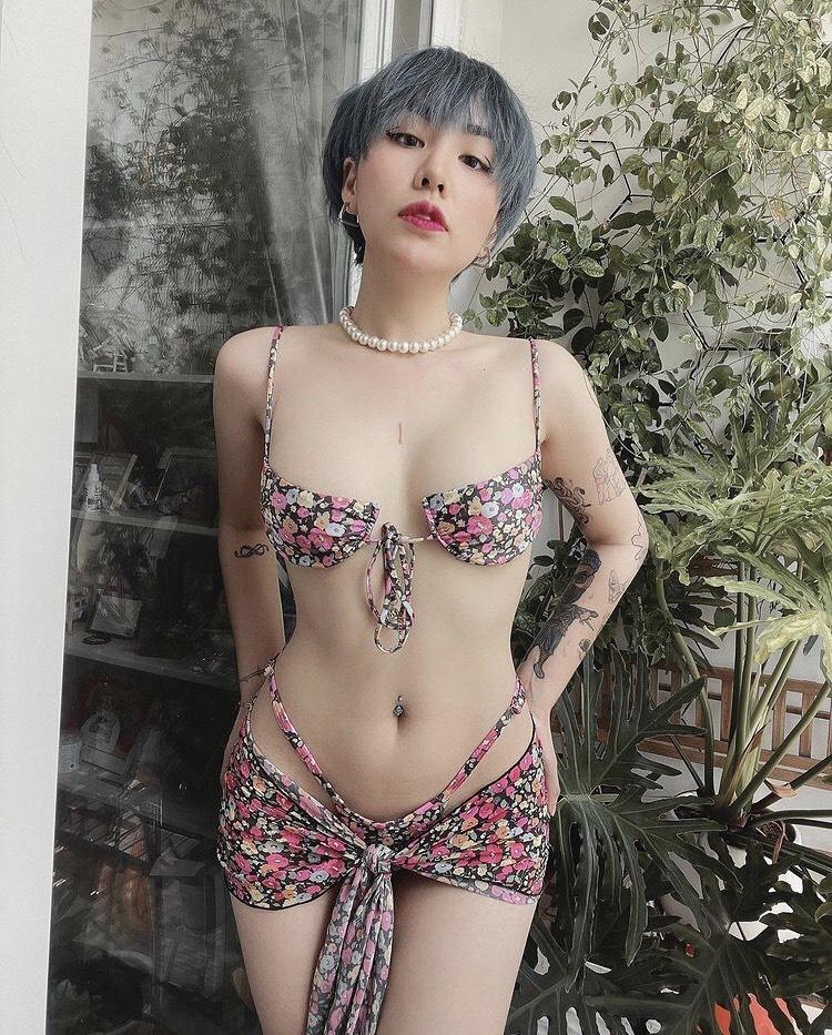 Gái Việt 'thi nhau' quấn khăn làm bikini, khoe body chuẩn đến từng milimet - Ảnh 4